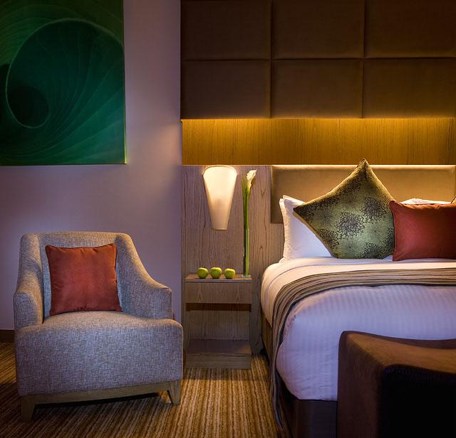 Traders Hotel Qaryat al Beri superior room