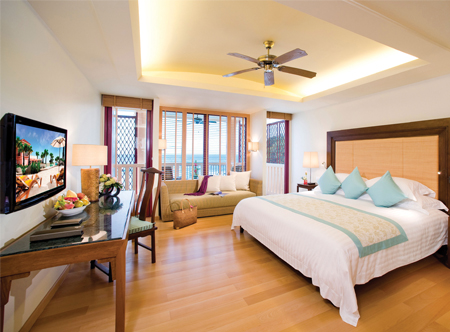 12024_2_Centara_Grand_Beach_Resort_Deluxe_Oceanfacing_Room.jpg