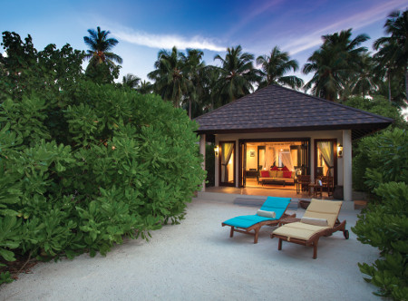 Atmosphere_Kanifushi_SUNSET_BEACH_VILLA_-_EXTERIOR_AT_SUNSET_-_ATMOSPHERE_KANIFUSHI_MALDIVES.jpg
