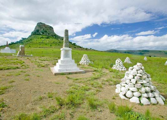 Sandlwana_hill_or_Sphinx_with_soldiers_graves_KwaZulu_Natal_shutterstock_105607076.jpg