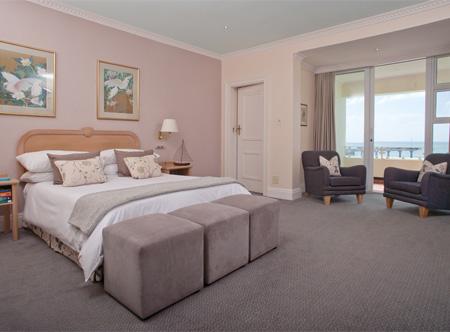 Beach_Hotel_-_Room_1.jpg