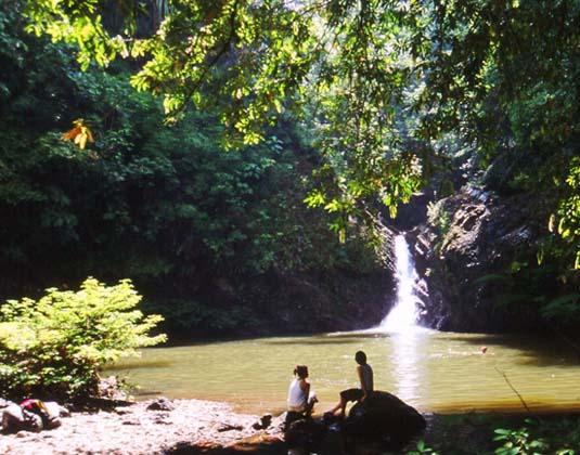 Tabin_Wildlife_Reserve_Lipad_Waterfall.jpg