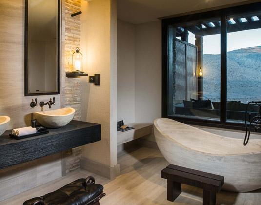 Alila_Jabal_Akhdar_-Accommodation_Bathroom.jpg