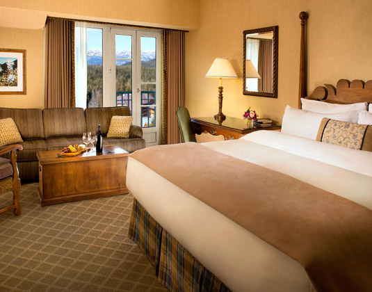 Fairmont_Chateau_Whistler_-_Fairmont_Room.jpg