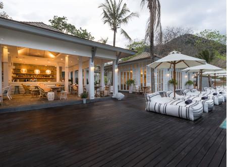 Cape_Kudu_Hotel_-_Long_Island_Bar.jpg