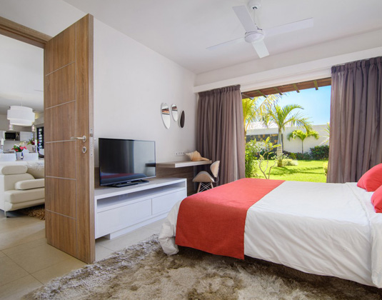 The Villas of Clos du Litoral - Villa Bedroom