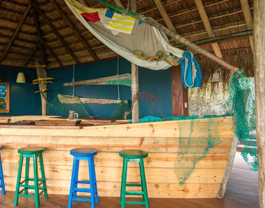Machangula Beah Lodge - Baixas Dhow Bar