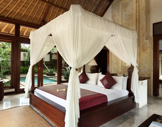 Ubud_Village_Resort_-_Garden_Pool_Villa_Bedroom.jpg