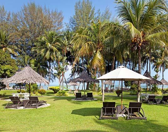 Bayview_Hotel_Penang_-_Garden.jpg