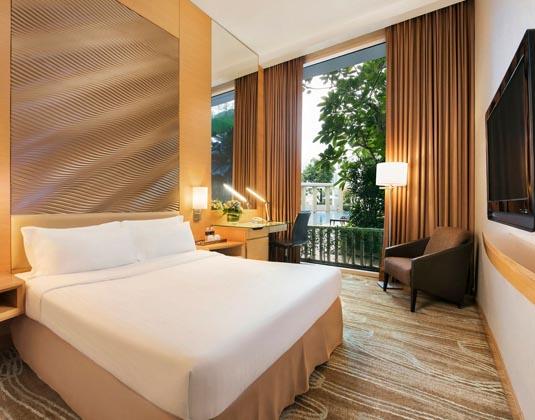 Park_Hotel_Clarke_Quay_-_Superior_Room.jpg