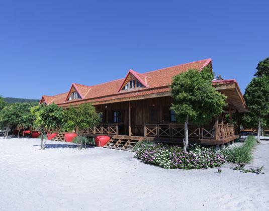 Sok San Beach Resort, Koh Rong Holidays