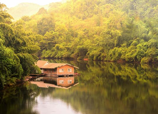 Raft_house_in_kwai_river_spring_seasonal_at_Kanchanaburi_shutterstock_336869219.jpg