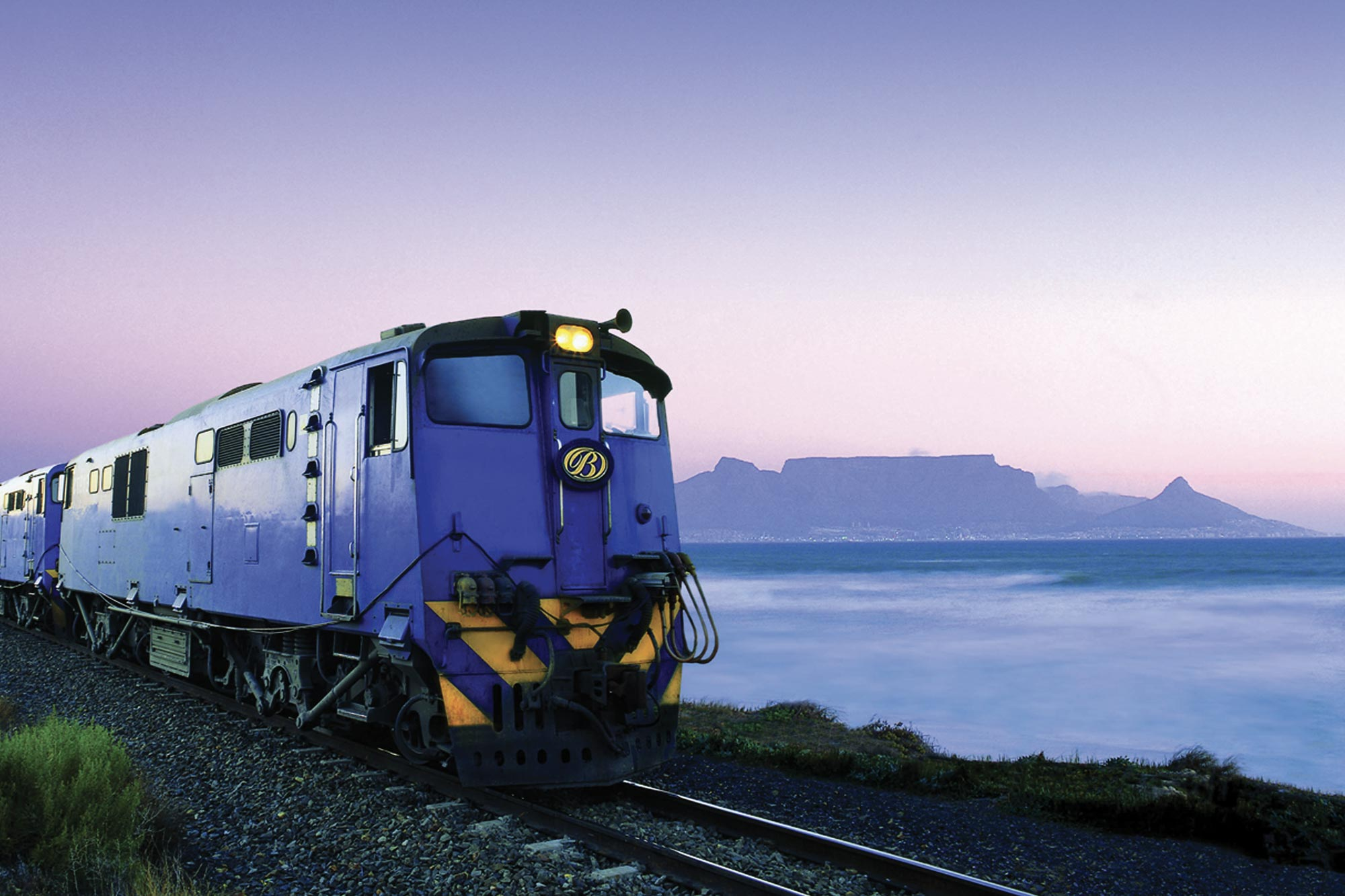 Cape Town, Winelands, Blue Train & Safari Holidays