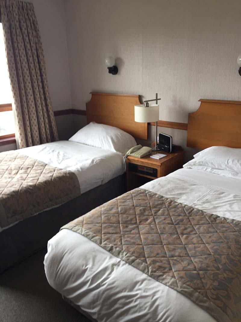 Lerwick_Hotel_standard_twin_room.jpg