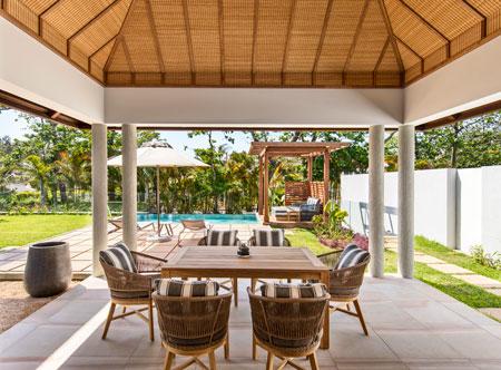 Anantara-IKO-Mauritius_Pool_Villa_Dining_Area.jpg