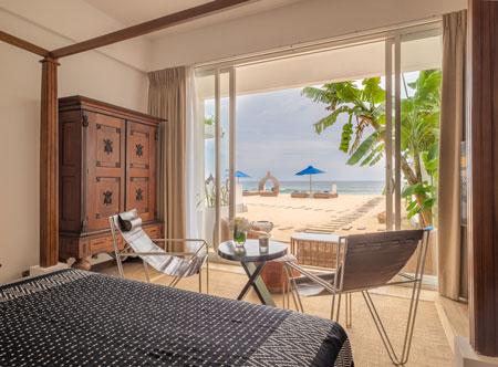 Beach-House-Mirissa_Bedroom-looking-out-to-beach.jpg