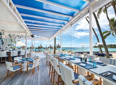Constance-belle-mare-plage-2020-blu-bar-04.jpg