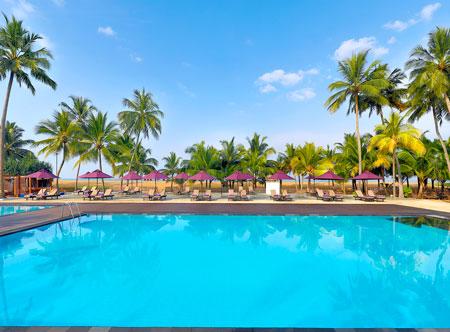 Avani_Kalutara_Resort_Pool_View_Swimming_Pool.jpg