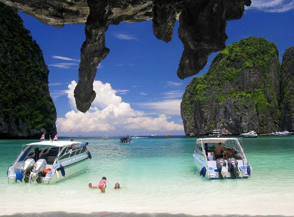 Phan Nga by Speedboat