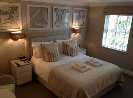 9115_6_Classic_Room.jpg
