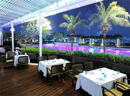 Pathumwan_Princess_-_Loop_Italian_Restaurant.JPG