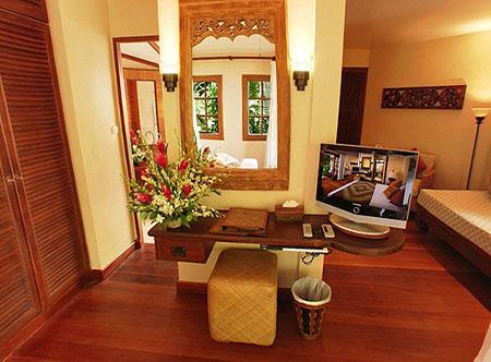 Poppies_Samui_-_Cottage_Room.jpg