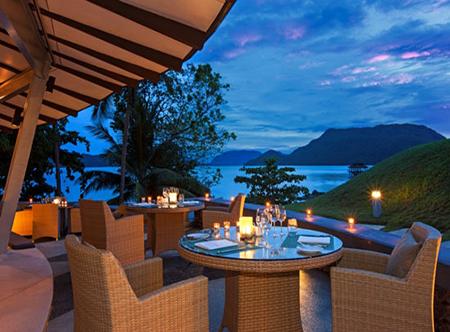 The_Westin_Langkawi_-_Tide_Restaurant.jpg
