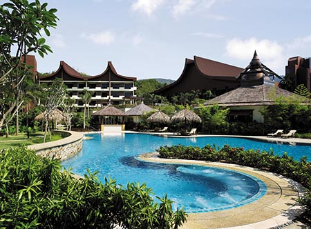 Shangri-Las_Rasa_Sayang_Resort_-_Rasa_Wing_Pool.jpg