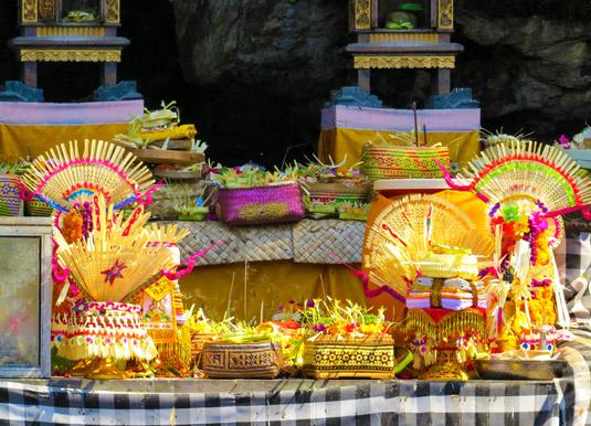 Offers-in-ceremony-in-Goa-L.jpg