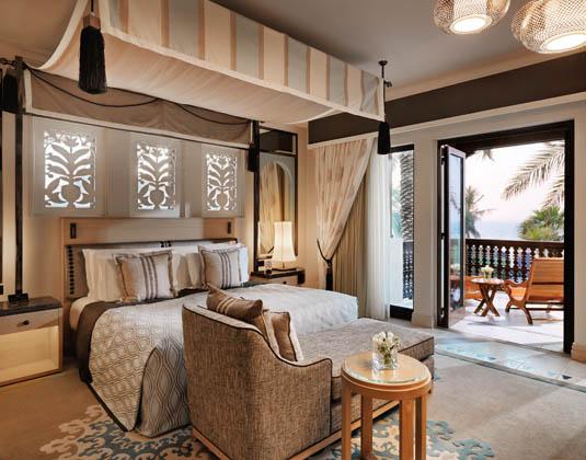Madinat_Jumeirah_Dal_Al_Masyaf_-_Gulf_Summerhouse_Ocean_Deluxe_Room.jpg