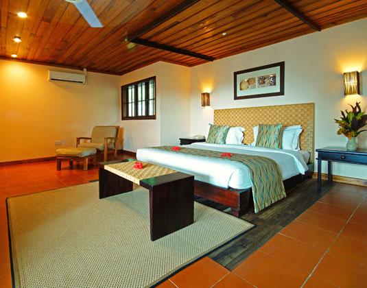 Hotel_LArchipel_-_Superior_Room_Picard_Room.jpg