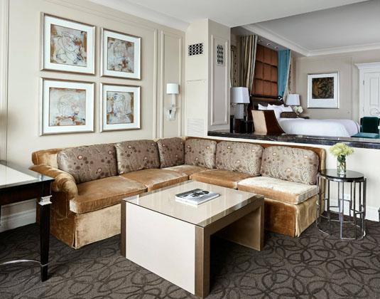 The_Palazzo_-_Luxury_Suite.jpg