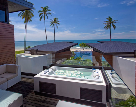 Aava Resort - Family Villa Deck and Jacuzzi