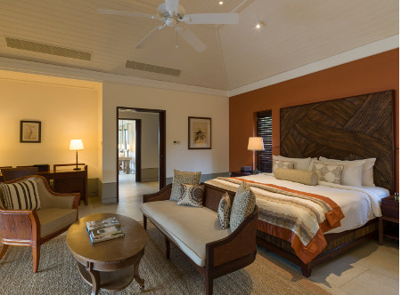 Cape_Weligama_-_Pool_View_master_suite.jpg