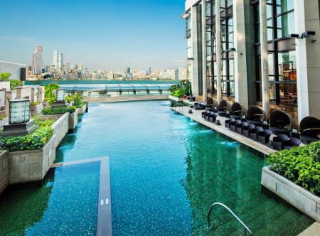 Harbour Grand Hong Kong - Swimming Pool