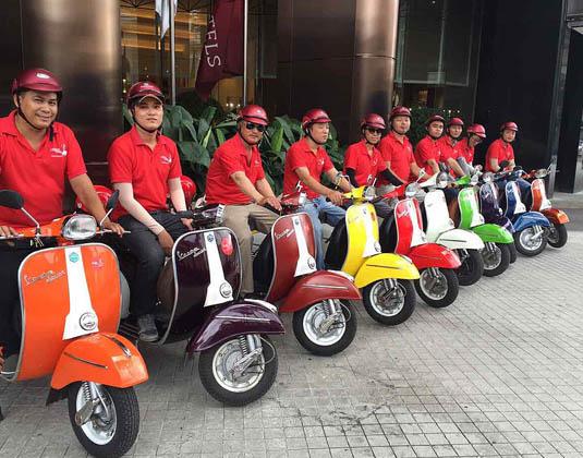 Guides Vietnam Vespa Tour