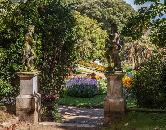 Guernsey, Candie gardens museum and victor hugo statue