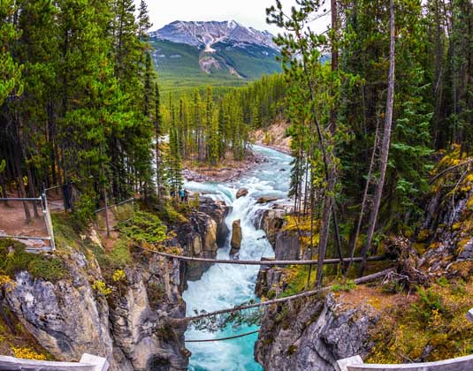 Jasper_National_Park_Western_Journey.jpg