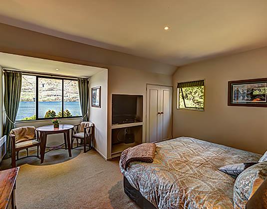 Rua_Suite_Hidden_Lodge_-_Room.jpg