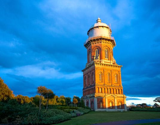 Total_South_Island_Water_Tower_at_Invercargill.jpg