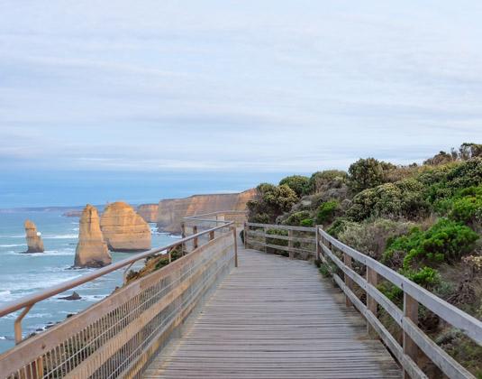 Victoria_Highlight_MAN_and_Great_Ocean_Road_Kangaroo_Island_Escape_Great_Ocean_Road.jpg
