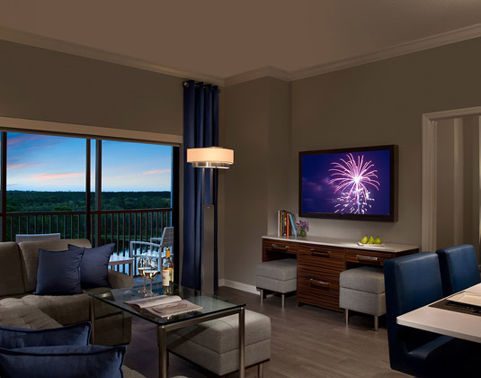 The Grove Resort & Spa - One Bed Apartment Living Dining Area