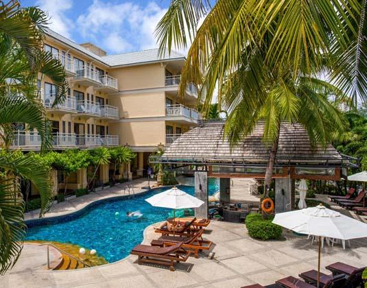 Front_Village_Phuket_-_Pool_2.jpg