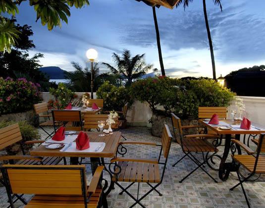 Kantary_Bay_Hotel_Phuket_-_Unclenan.jpg