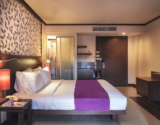 Mercure_Pattaya_-_Deluxe_Room.jpg