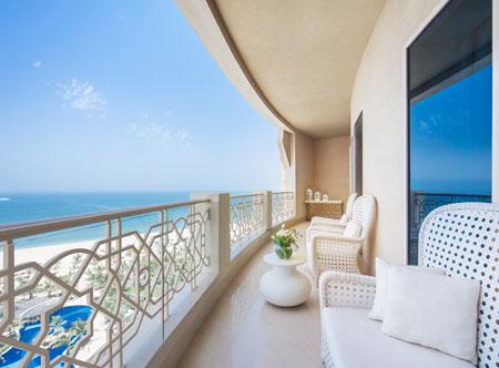 Waldorf-Astoria-Ras-Al-Khaimah_balcony.jpg