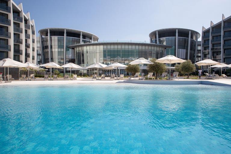 Jumeirah-at-Saadiyat-Island-Resort-Pool-View.jpg