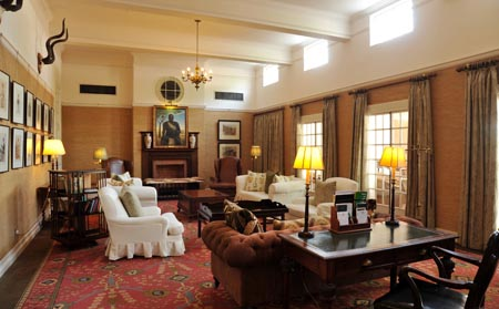 Victoria-Falls-Hotel_Bulawayo-Room.jpg
