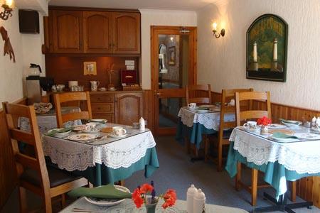 Crebinick-House_restaurant.jpg