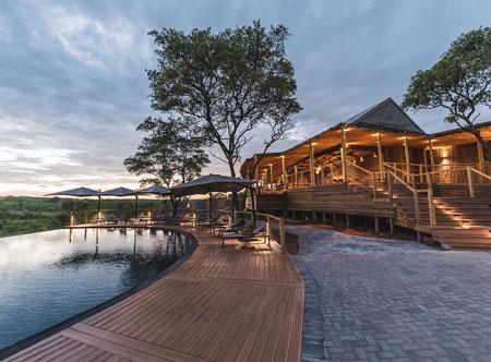 Mdluli-Safari-Lodge_lodge-exterior-at-dusk.jpg